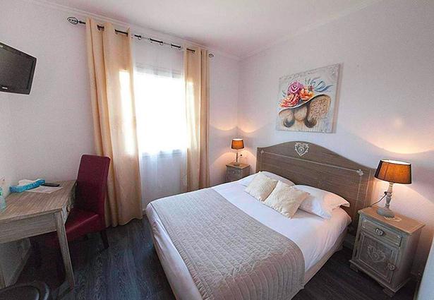 Photo d'une chambre double à l'hôtel Belle Inn, Clermont Ferrand
